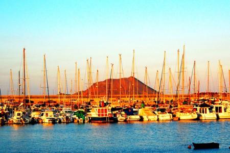 Fuerteventura-Harbour-Corralejo